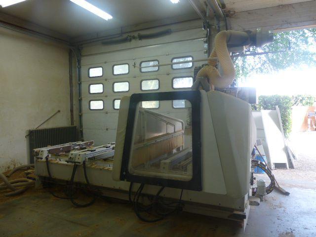 Centre d'usinage à commande numérique SCM type Tech Z 30 - 4 axes