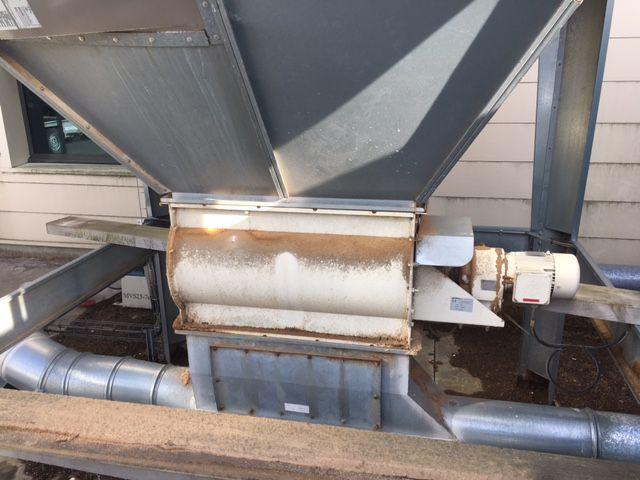 Aspiration GIRARDEAU filtre avec trémis type MVS 25-7 avec rejet dans une benne