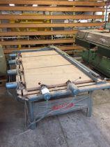 Cadreuse verticale à poutre horizontale Ramarch type Tabek 319 L