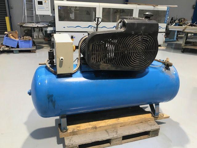 Compresseur à piston ABAC type A500000 V 50