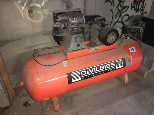 Compresseur Devilbis type  500 l