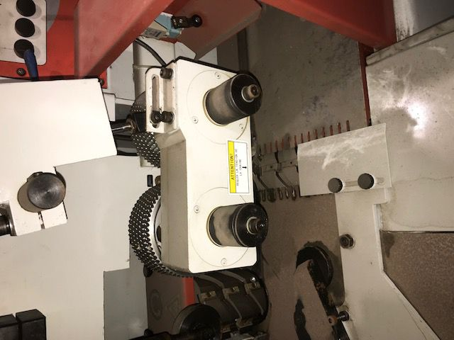Corroyeuse 4 faces VELAVEB type RMM 423