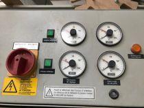 Presse à chaud JOSS type HP 115