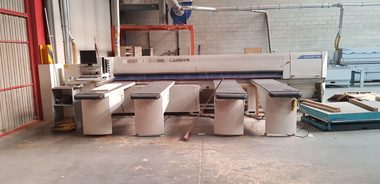 Scie à panneau horizontale numérique GABIANI type GALAXIE 105